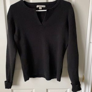 SALE 3/$25 Tommy Hilfiger V Neck sweater